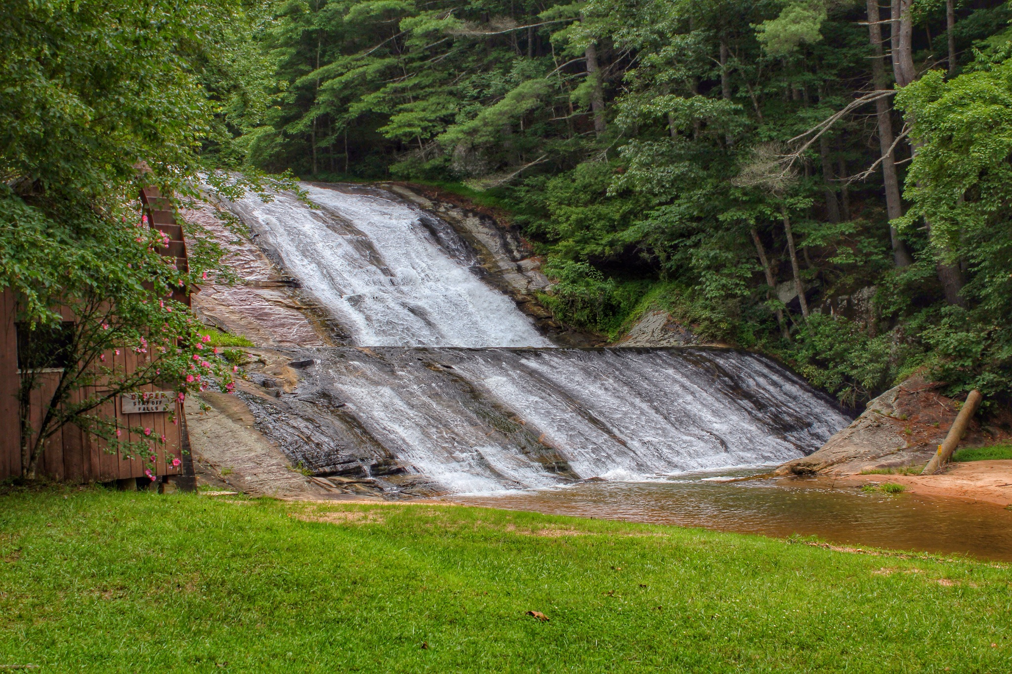 Moravian Falls – Waterfalls Hiker