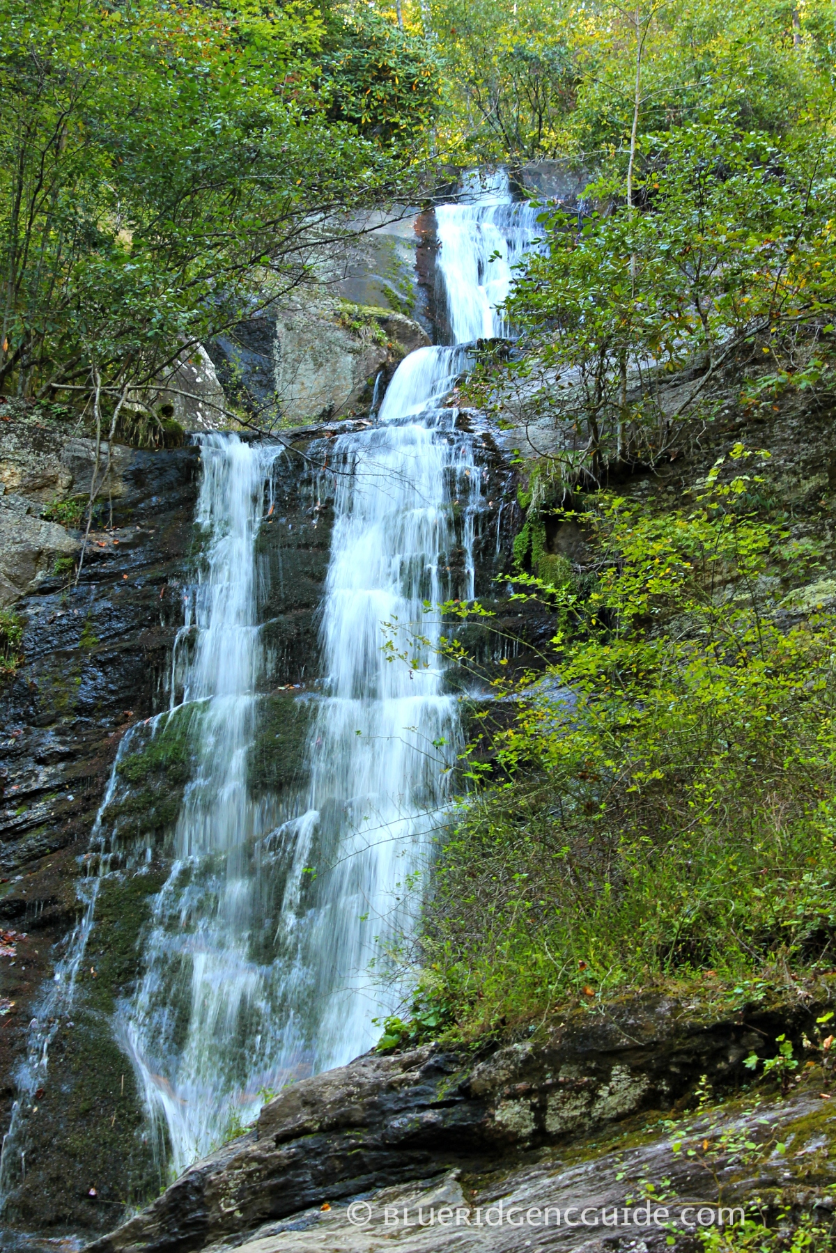 Hiking Trails- TOM'S CREEK FALLS,Marion