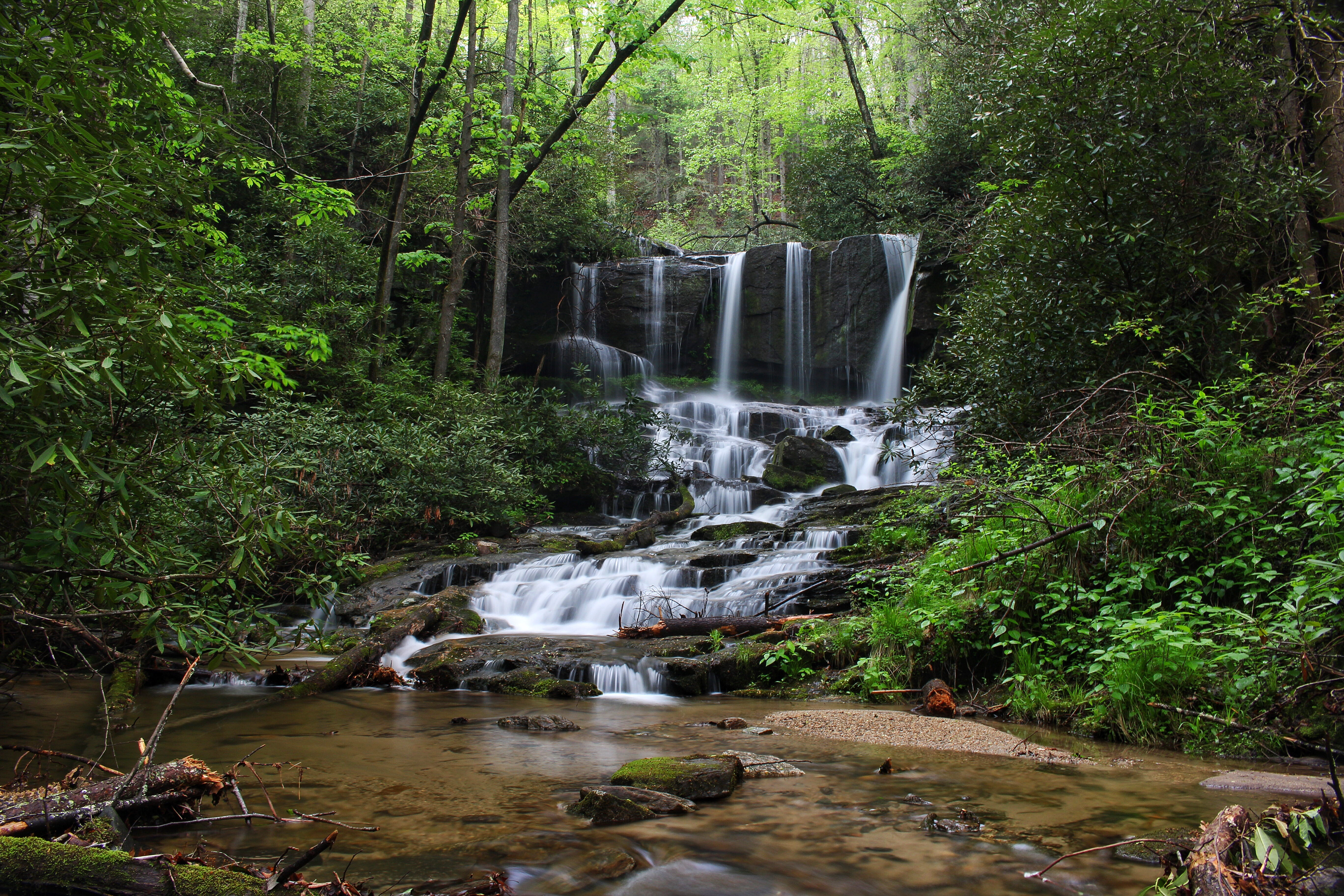 short essay on waterfalls in virginia